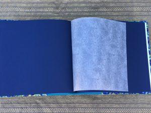 אלבום חתונה כחול ירוק עם דפים כחולים