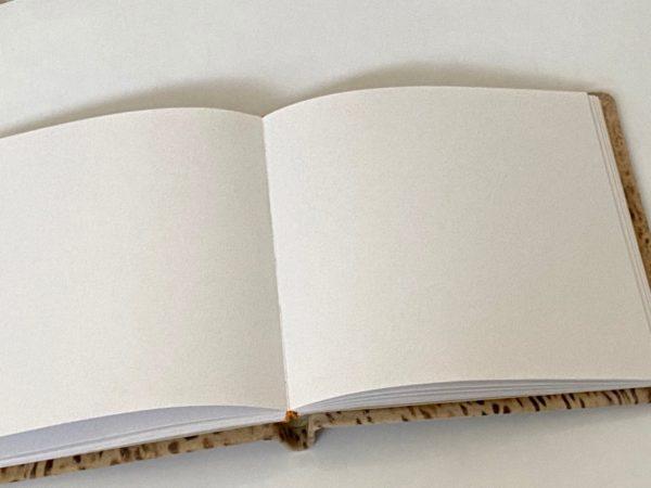 ספר אורחים עור מנומר